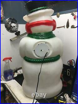31 FROSTY SNOWMAN blow mold Christmas decoration colorful/colored lights